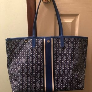 100% Authentic Tory Burch link tote